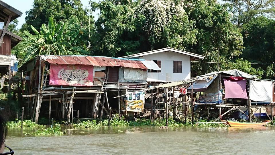 Domy na rzece