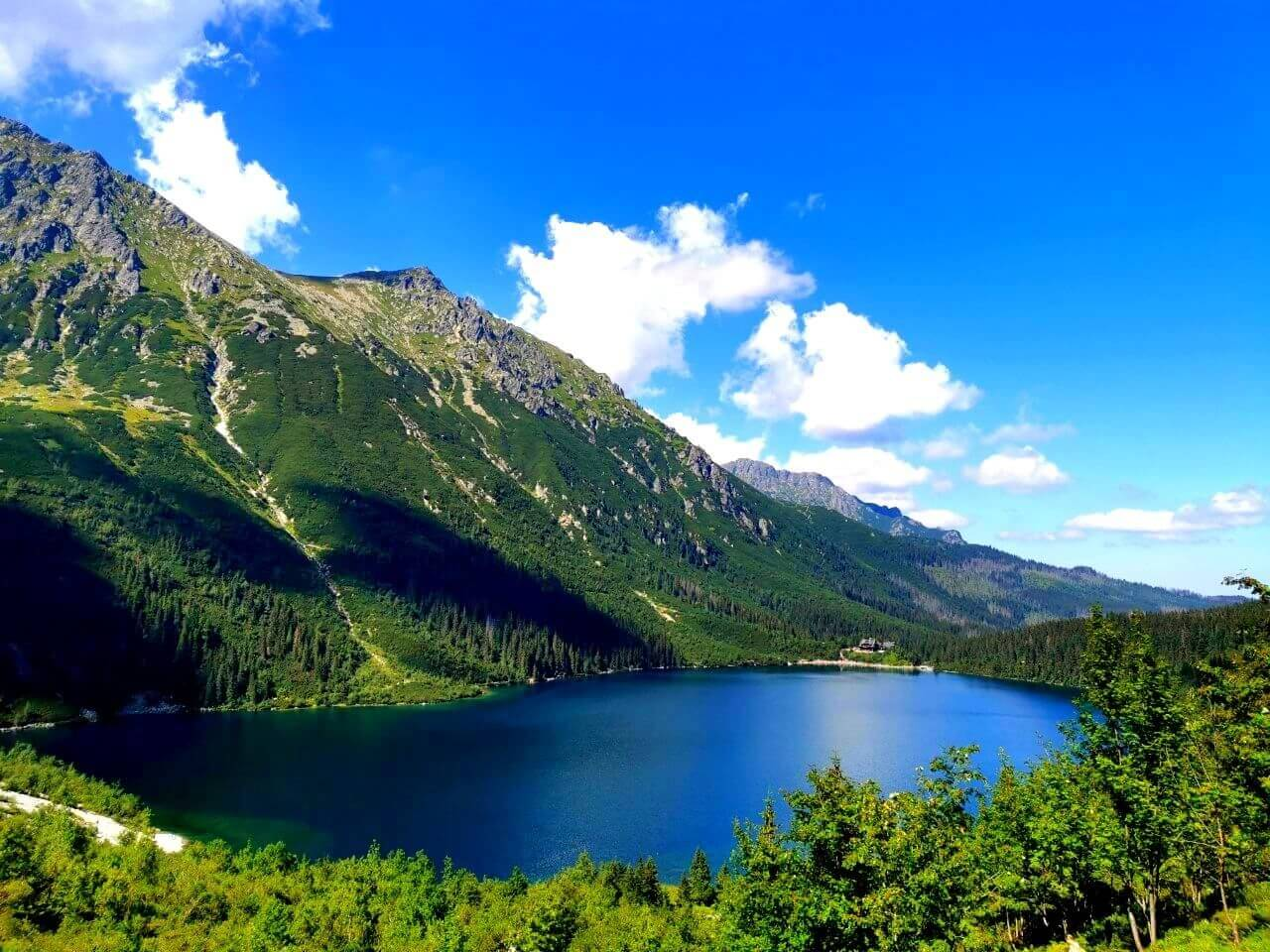 Widok na jezioro w Polskich Tatarach